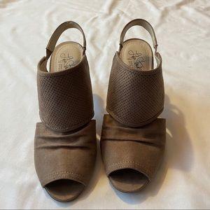 LIFE STRIDE | Soft System Peep Toe Sandal